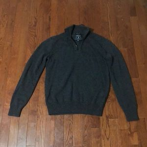 American Eagle Outfitters zip collar sweater